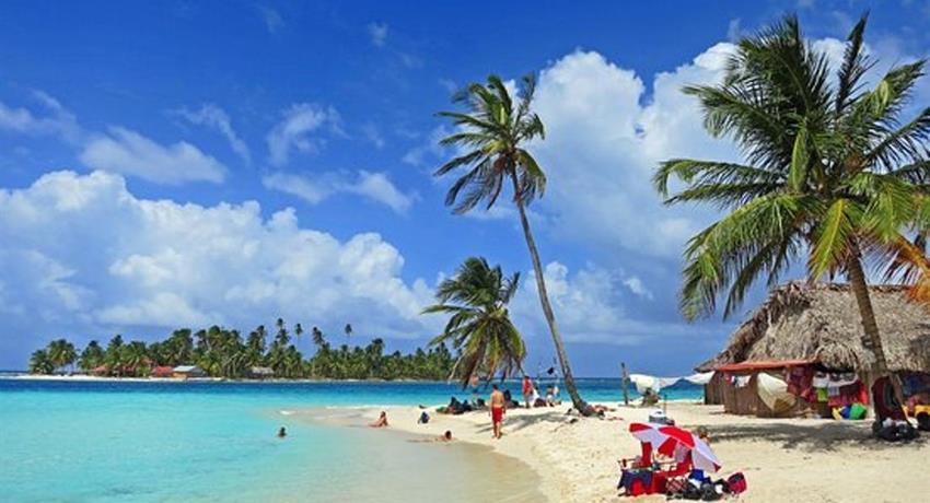 San Blas 9, Full Day Tour to 4 San Blas Islands with Snorkel, Kayak and Paddle Board