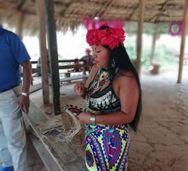 Tour de un día a la Comunidad Emberá Desde La Ciudad De Panamá