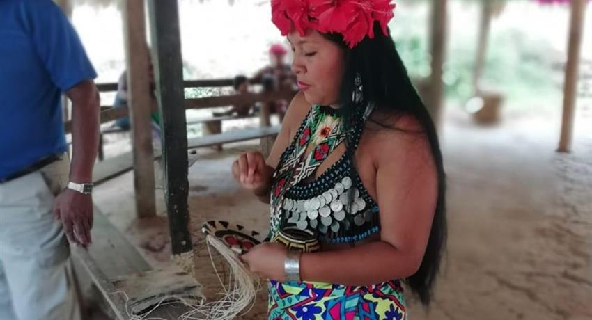 EMBERA COMMUNITY FROM PANAMA CITY 5, Full Day Tour to Embera Community From Panama City