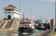 BArco, Panama Canal Full Transit Tour