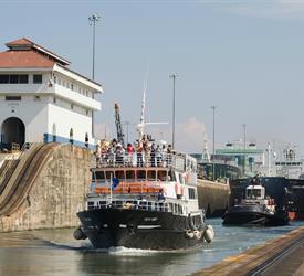 Tour De Tránsito Completo A Través Del Canal de Panamá