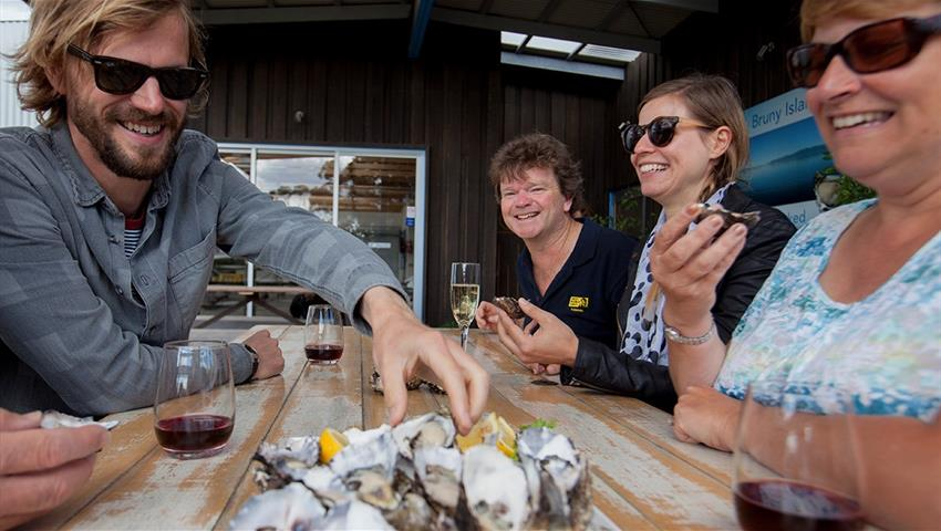 Bruny Island Travellers Oysters, Gourmet Experience on Bruny Island