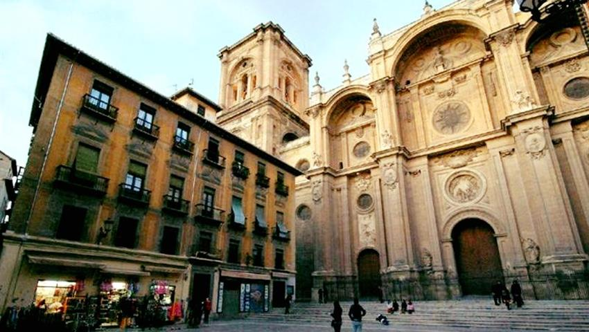 Granada Imprescindible Cathedral Garnata Tours, Granada Essential
