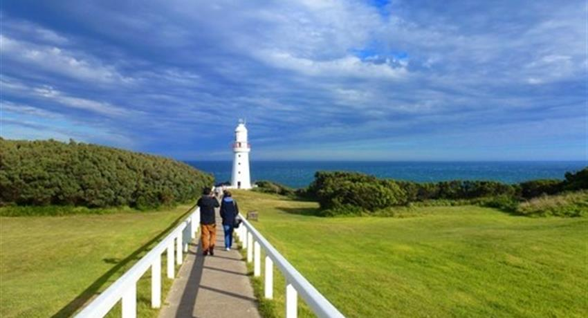Great Ocean Road Classic Tour lighthouse, Great Ocean Road Classic Tour