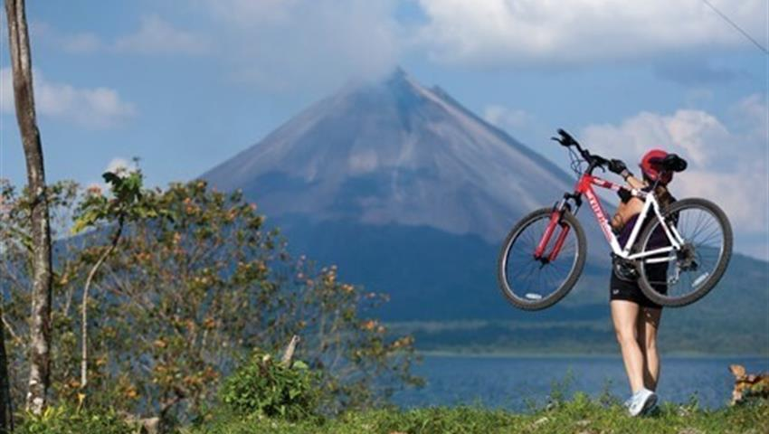 Bike tours in arenal volcano - tiqy, Arenal Volcano, Biking Tour and Baldi Hot Springs - Private Tour