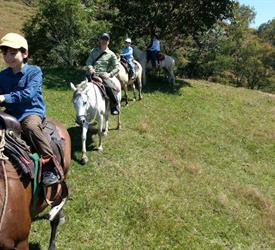 Experiencia a Caballo en Caldera, Tours A Caballo  en Panamá