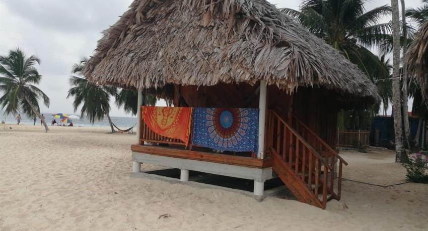 ISLA SENIDUP 2 NIGHT 3 DAY 5, Isla Senidup 2 Night 3 Day Tour from Panama City