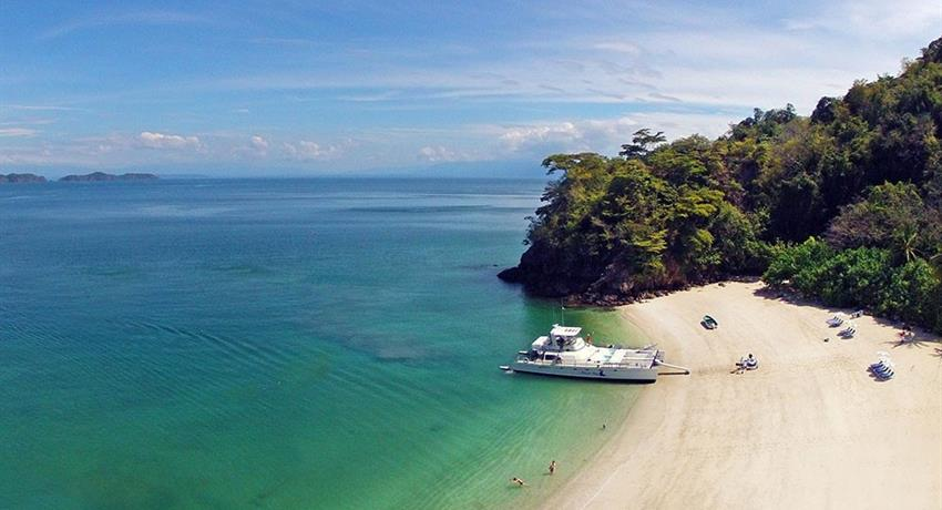 image calypso, Isla Tortuga Full Day Tour