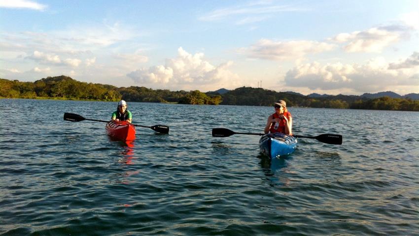 Panama Canal Kayaking, Kayak Tour Through The Panama Canal