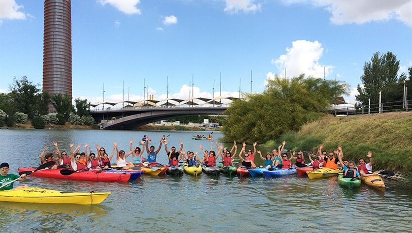 kayak in Guadalquivir river - tiqy, Kayaking in Seville