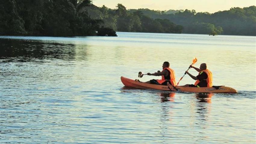 Double Kayak Tour Panama Lake Gatun, Lake Gatun Kayak Tour from Panama City