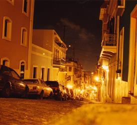 Caminata Nocturna en el Viejo San Juan