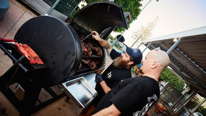 bbq tiqy, Low and Slow BBQ and Brewery Tour