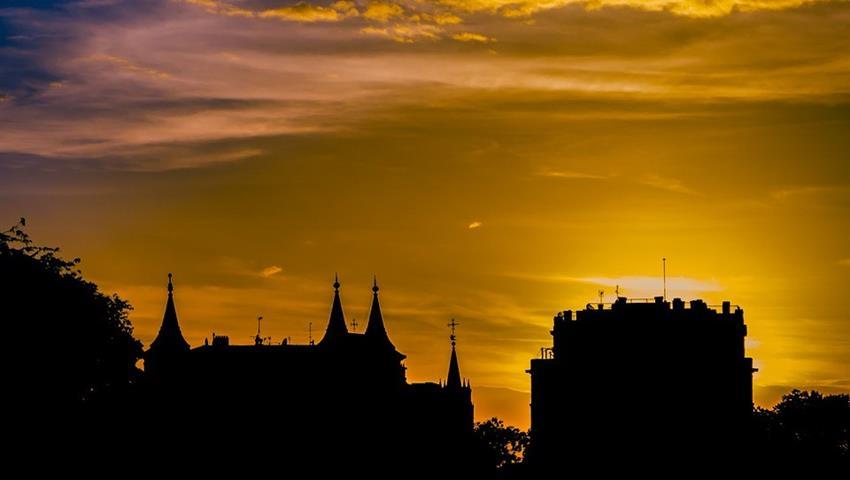 lovely sunrise - tiqy, Madrid Night Bike Tour