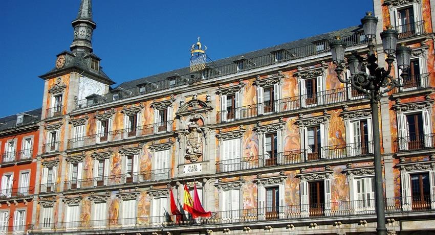 madrid of asturias tiqy, Madrid of Austrias