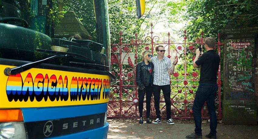 Magical Mystery Tour, Magical Mystery Tour