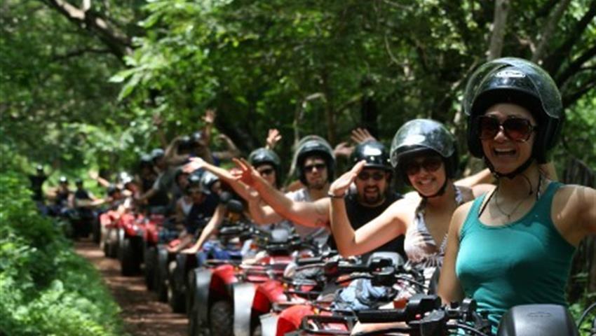 ATV Line, 4 Horas de Aventura de ATV en Manuel Antonio