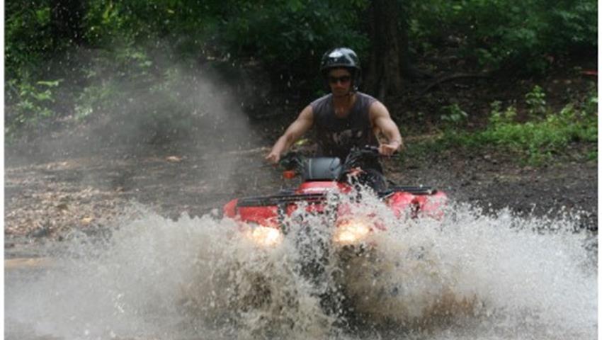 ATV Water, 4 Horas de Aventura de ATV en Manuel Antonio
