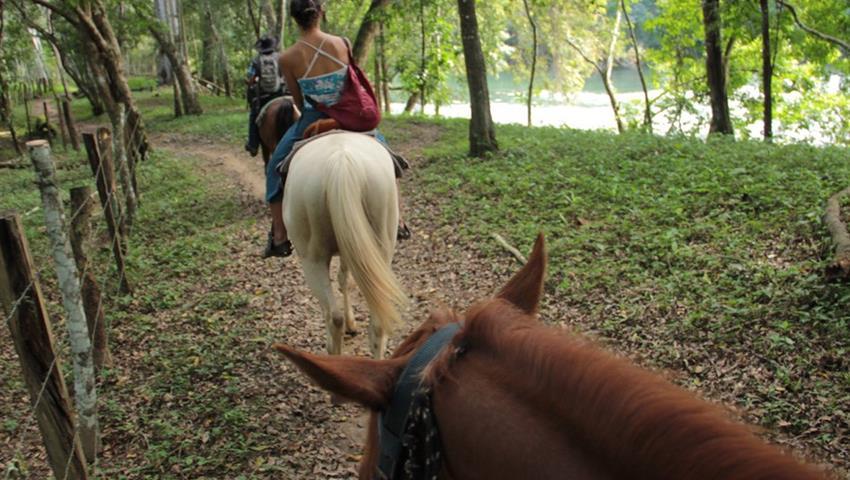 1, Horseback Riding to Xunantuninch Ruins