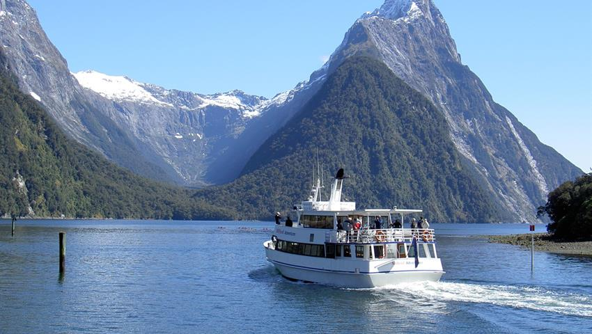boat tiqy, Milford Sound Day Tour