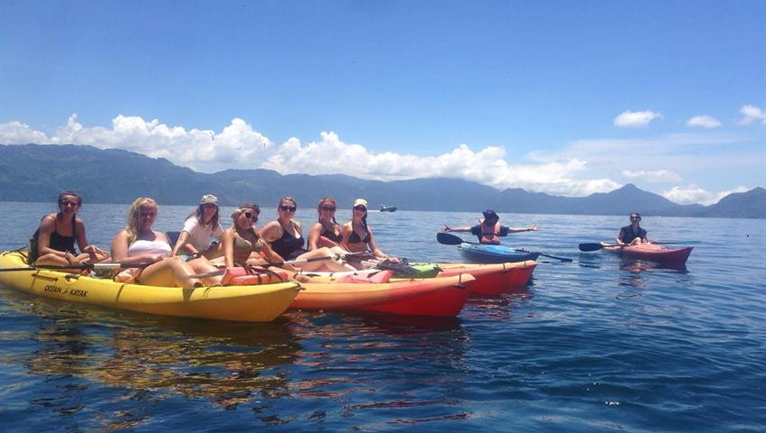 Kayak en el Lago Atitlan - Tiqy, Mini Adventure in Antigua