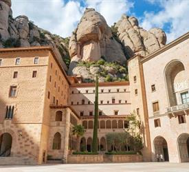 Montserrat Tapas and Wine, Sightseeing Tours in Spain