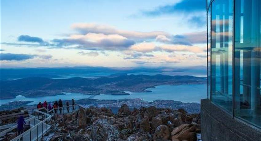 Wellington Mountain, Mt Wellington and Tahune AirWalk Sightseeing Tour