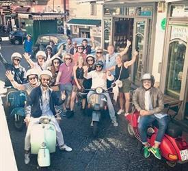 Napoli Tour on Vespa
