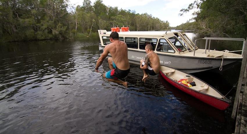 people jumping tiqy, Noosa Everglades Half Day Tour