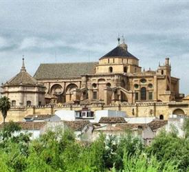 Tour a Pie Oficial Mezquita Catedral, Tours A Pie en España