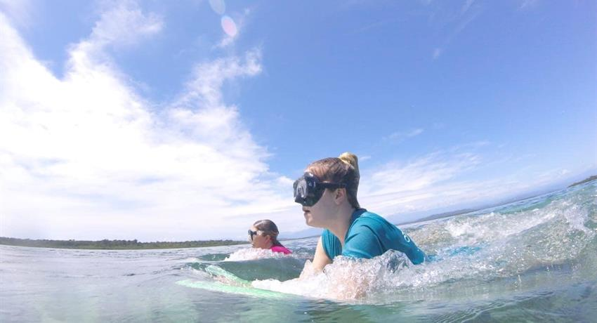 Snorkelling in Bocas - Tiqy, One Day Adventure in Zapatilla Cay
