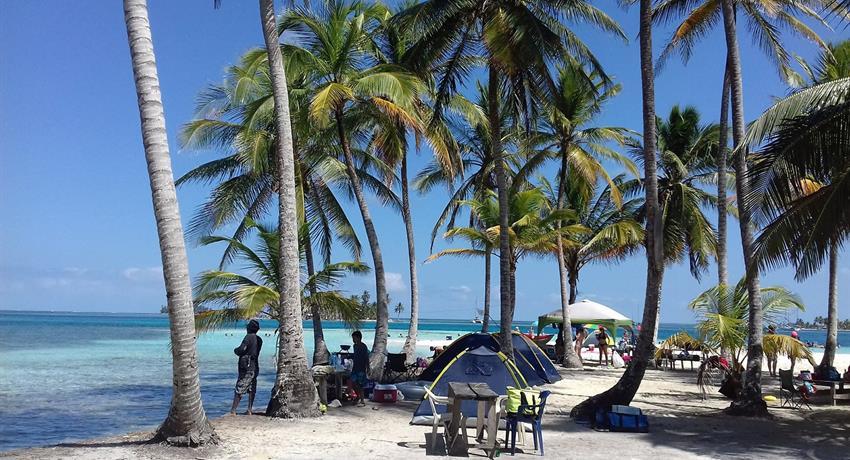 1, 2 Day / 1 Night Camping Tour to San Blas From Panama City