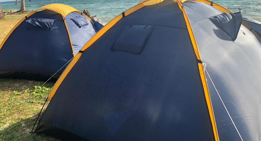 Cayos Limones 2, 1 Night 2 Day Camping Tour in Cayos Limones from Panama City