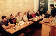 Tasting Craft beer in group, Original Berlin Craft Beer Tour