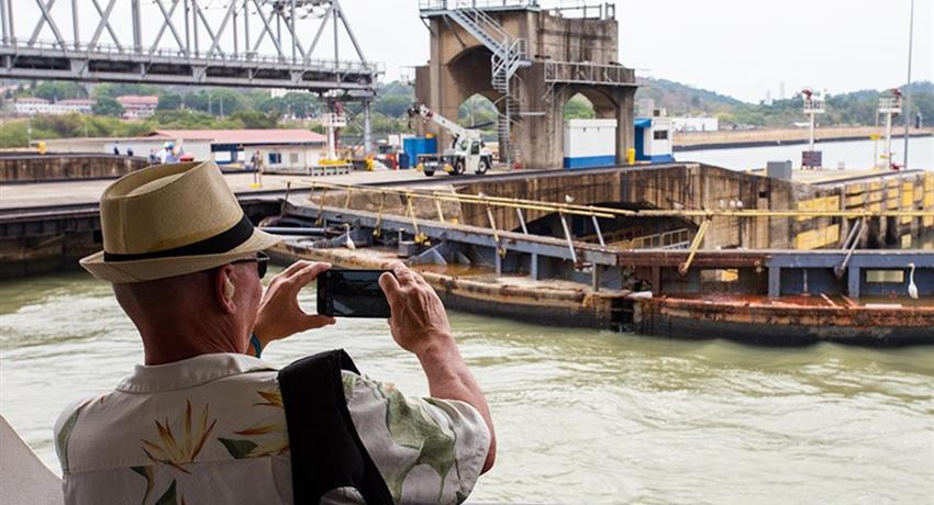 PANAMA CANAL PARTIAL TRANSIT SOUTHBOUND TOUR 1, Panama Canal Partial Transit Southbound Tour