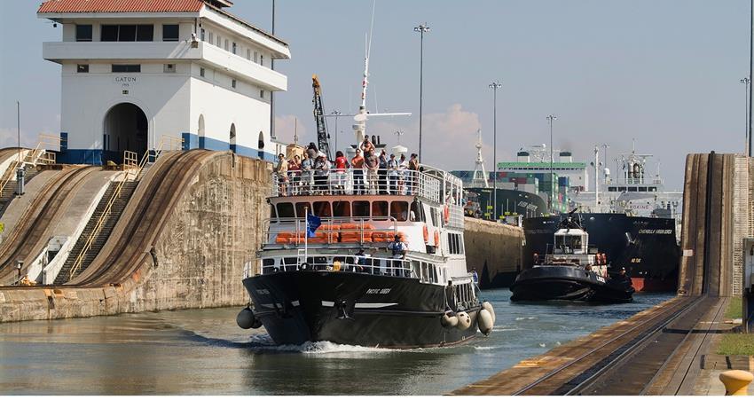 PANAMA CANAL PARTIAL TRANSIT SOUTHBOUND TOUR 5, Panama Canal Partial Transit Southbound Tour