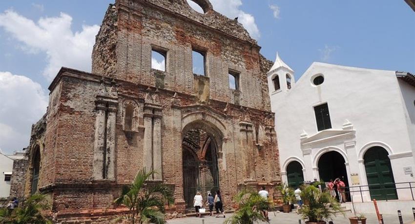 PANAMA CITY PARTIAL TOUR AND THE CANAL 4, Tour Parcial en la Ciudad de Panamá y Canal
