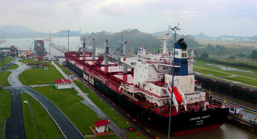 Panama Canal Miraflores Locks - Ship crossing, Panama City Tour and The Canal Locks (Miraflores)