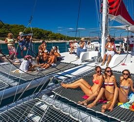 Catamaran All Inclusive to Taboga Island