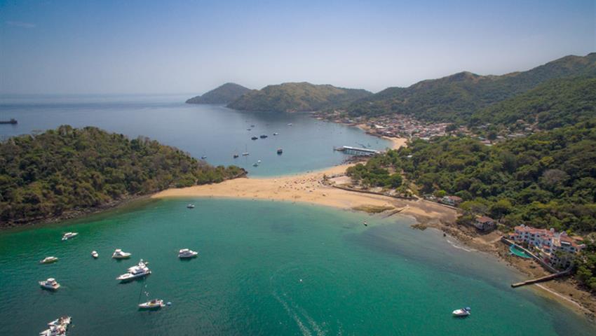 5, Catamaran All Inclusive to Taboga Island