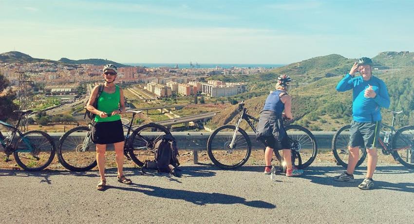 Ride with friends, Tour Málaga Panorámica en Bicicleta