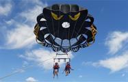 parasailing in fuengirola - tiqy, Parasailing