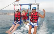 up to 1 to 4 people in each parachute - tiqy, Parasailing
