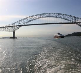 Tránsito Parcial por el Canal de Panamá