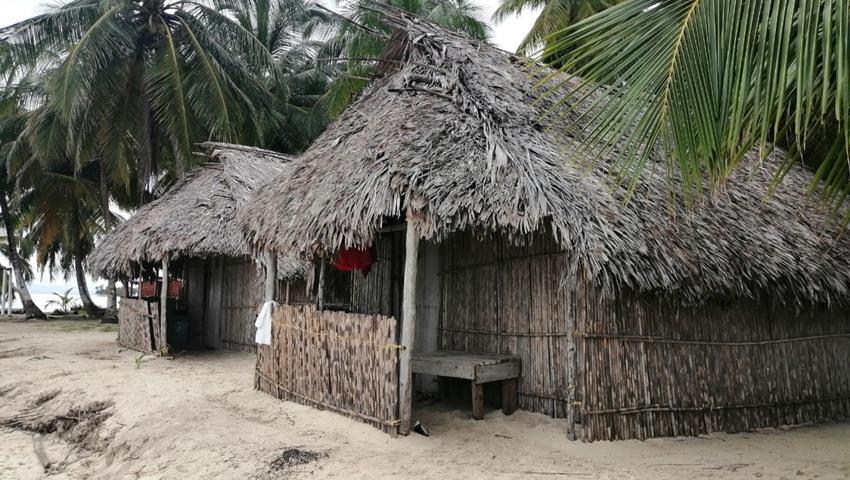 PERRO CHICO ISLAND 2 NIGHT 3 DAY TOUR 6, Perro Chico Island 2 Night 3 Day Tour from Panama City