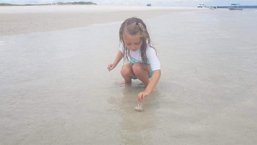 little girl tiqy, Reef and Beach Day Cruise