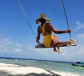 Full Day Tour to San Blas Islands From Panama City