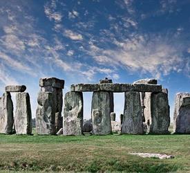 Sightseeing Tours: Stonehenge and Avebury