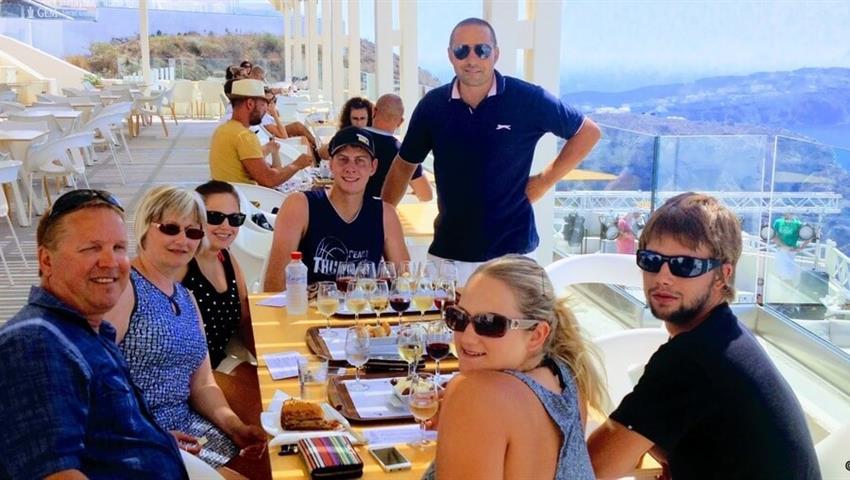 Santorini Wine Tasting Tour tiqy, Small Group Santorini Wine Tour