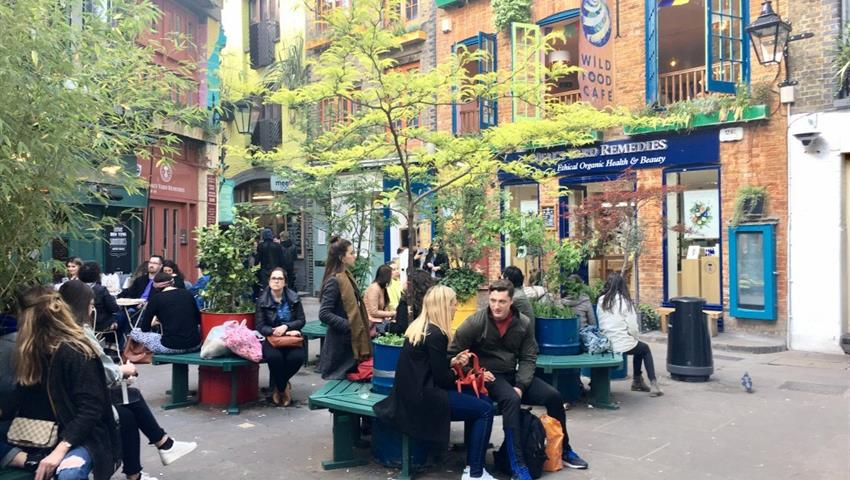 Nightlife in London, Soho and Covent Garden tour